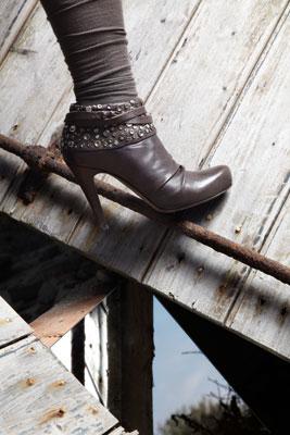 Ixos Scarpe e Borse Donna   Negozi e Outlet Abbigliamento Scarpe ... 890d52a5fd8