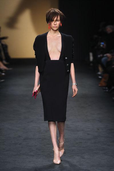 N 21 abbigliamento e accessori donna negozi in puglia for Numero senatori e deputati in italia