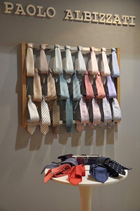 Paolo albizzati cravatte negozi e outlet abbigliamento for Di paolo arredamenti outlet