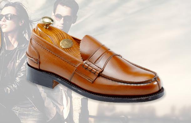 on sale 6ffca e5f53 Saxone Scarpe Uomo Donna : Negozi e Outlet Abbigliamento ...