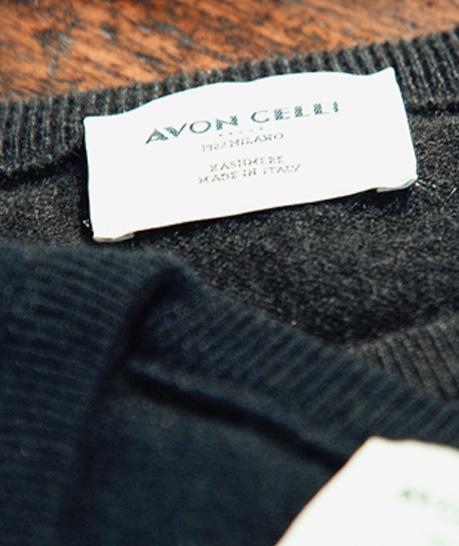 Avon Celli 1922 Milano   Negozi e Outlet Abbigliamento Scarpe Borse ... 159b7fb3657